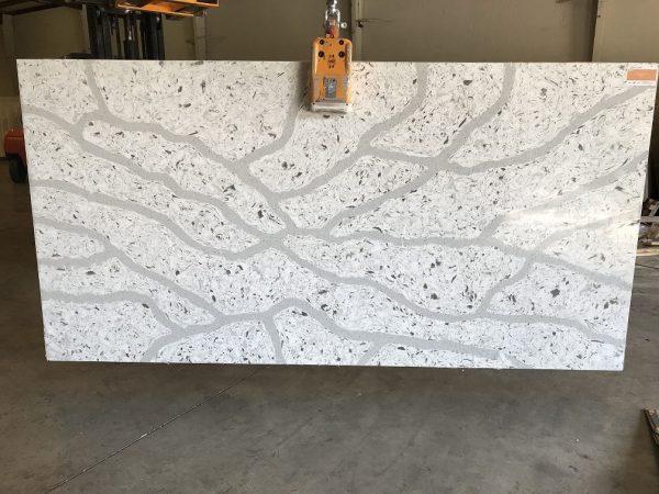 Quartziano Ultimate Countertop Surface Summer Stream quartz 558003