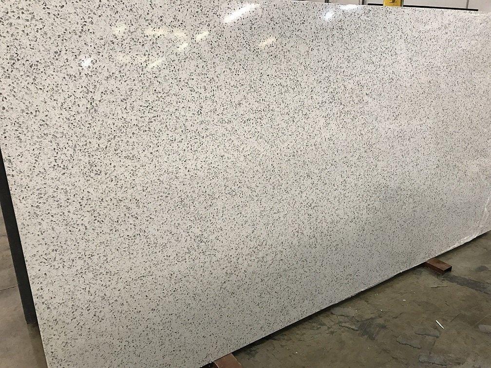 Quartziano Ultimate Countertop Surface Glassical Quartz 551057